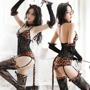 【情趣内衣】蜜恪 吊袜挂脖套装 豹纹 8318