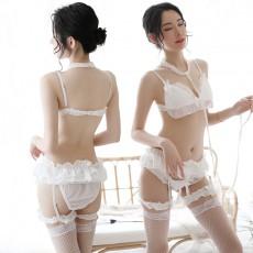 【情趣内衣】蜜恪 蕾丝三点套装 8326